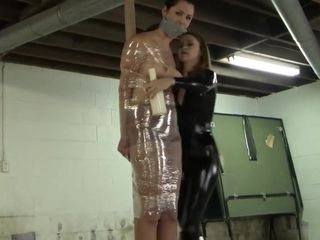 Catburglar pole wrapped damsel