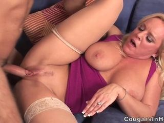 Mummy I´d Like To shag Alexis Golden Is In warmth - alexis golden