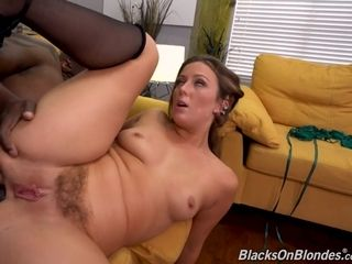 Bored Housewife Wants Big Black Penis