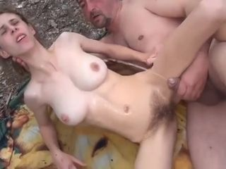 Stacked Amateur Wife Fucked And Facialized In The Outdoors