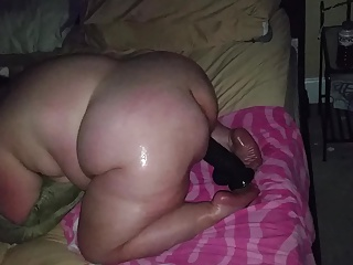 Slutty bbw satisfied by huge dildo