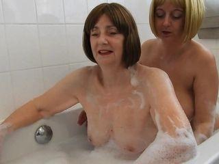 Bathing With Kat Kitty Pt2 - TacAmateurs