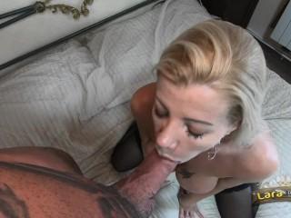 Lara De Santis - dopo una trombatina si gode un ghiacciolo di sperma