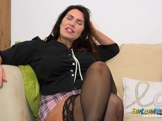 EuropeMaturE Solo Mature dame and Her wishes