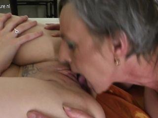 Hot Babe Doing A Very Naughty Mature Lesbian - MatureNL