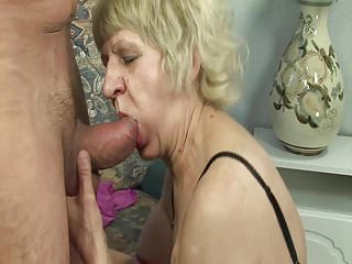 Grandmas superannuated pussy wants rub-down the youthful load of shit!