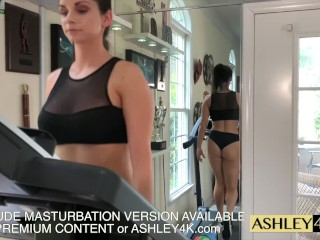 Sport female instructing Ashley Sinclair free-for-all Version