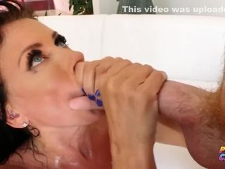 Reagan Foxx And Oliver Flynn - Step-mom Creampied By Lucky Guy
