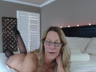 Cougar does buttfuck during webcam demonstrate Oct 12, 2018 Chaturbate Jess Ryan