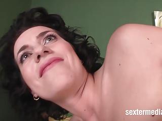 Die Alte beim Sexcasting
