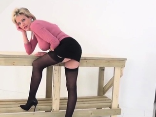 Adulterous english mature gill ellis exposes her large tits7
