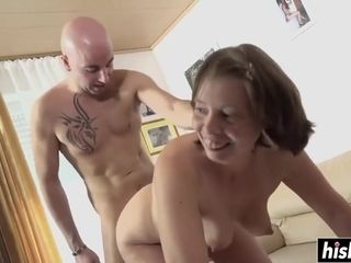 Lustful GILF Vanessa yell noisily