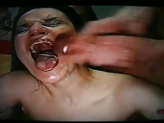 Mujer madura guarra tragando lefote
