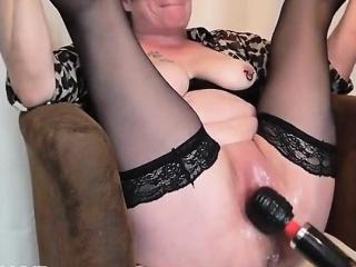 Mature Fisting Squirting Orgasm