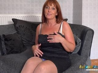 EuropeMature Collecting Solo Toys Masturbation