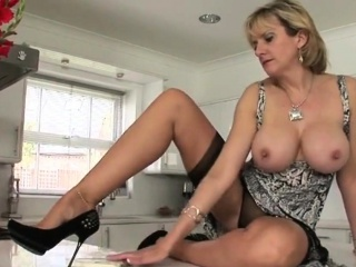 Adulterous brit mature chick sonia unveils her monstrous tits4