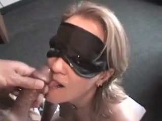 Some men wifey deep throating sausage eyes covered