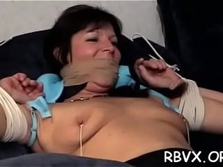 Humid mature stunner practices true hard-core restrain bondage