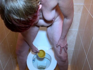 OldNannY Henrieta urinating and rock-hard threeway bang-out