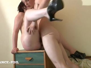 Mommy Casted Because She Wants Her Snatch and Bootie Stretch