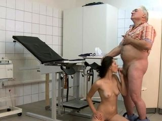 Mature doctor loves to fuck her sexy patient