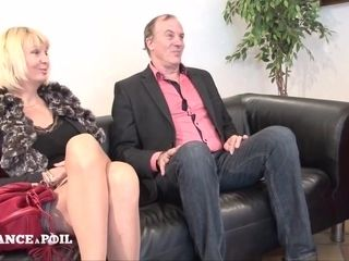 La France A Poil - Mature Amateur Couple Starts Into Po