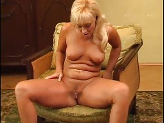 Mature MILF Renata