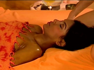 Tao Of Erotic Massage To feel Arouse Of Both Lesbian