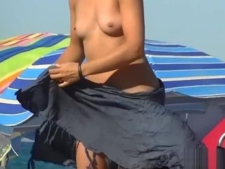 Bare mummies smoothly-shaven vagina Close Up Beach Spycam spycam HD