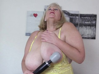Nasty Big Tit Stepmom In yellow Pantyhose has a secret Magic Wand session