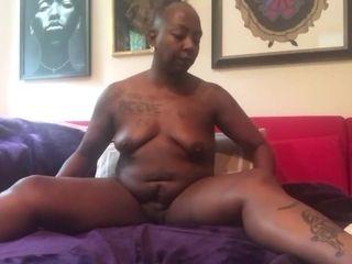 Ebony GILF Solo sesh