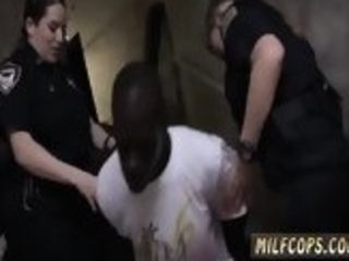 Real mature cougar and pricompeer s crony strap-on cops very first time Street Racers get more