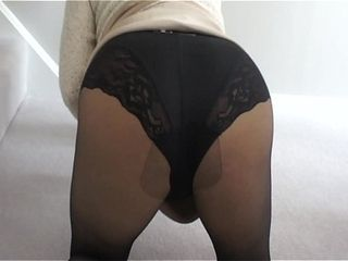Sumptuous bitch wifey in tights