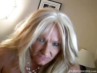 Kinky old spunker loves to get get her asshole rimmed