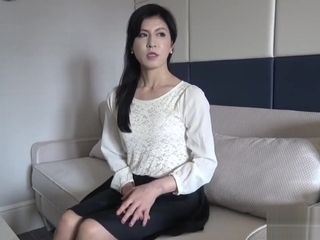 Chinese cougar Yukie 52yo
