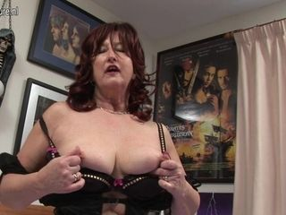 Naughty Red Mature Slut Playing With Herself - MatureNL