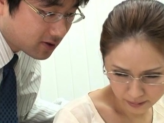 Gorgeous oriental Yurie Matsushima begs for fuck