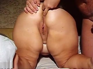Ample arse honey With A trimmed vagina munched Up