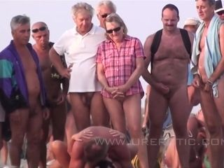 Mommy I´d Like To ravage Couples Fornicate On A Nude-beach - asia carrera