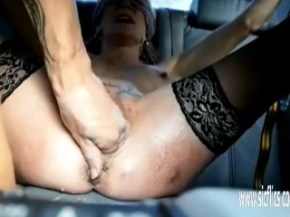 Crush handballing her caboose and honeypot in restrain bondage