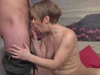 Naughty Housewife Playing With Her Strapping Younger Lover - MatureNL