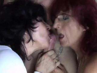 Bitch Granne Fucked At Bar Full In