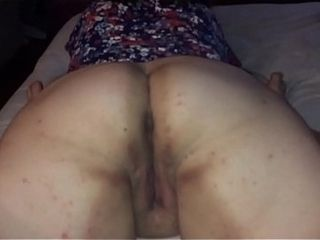 My wifey wiggling her ginormous bum and cootchie