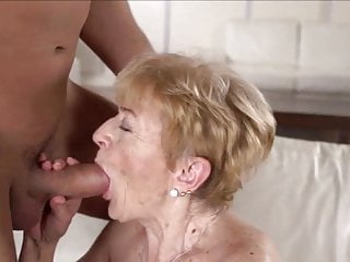 Gran enjoys getting plumbed and takes a facial cumshot