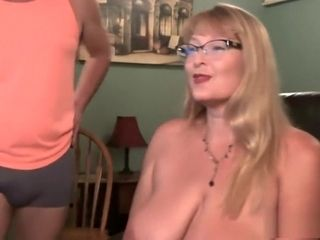 Mature spraying mommy and father flick gauze unsheathed