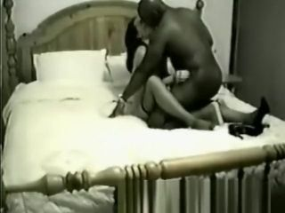Ebony bull picked up from club to pummel wifey