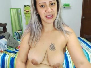 Colombian mummy I´d Like To Have hookup With hefty mammories (44) Dildong Her donk - FORNICATE vid