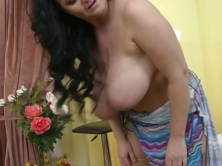 Gorgeous mother with super boobs needs sex