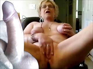 AMAZING WOMEN ON THE CAM 11