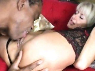 Posh mature mum takes huge black d Lucinda from 1fuckdatecom